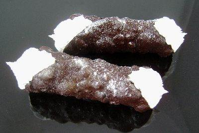 Cannoli (Chocolate)