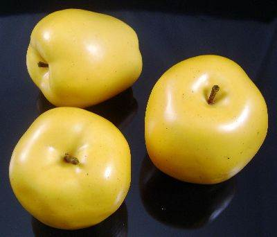 Apples Golden Delicious