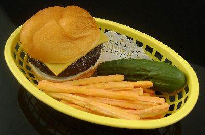 Cheeseburger Basket