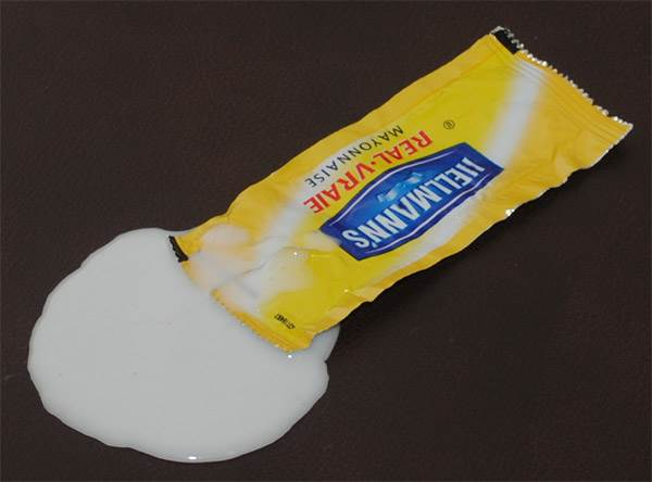Condiment Mayonnaise Spill